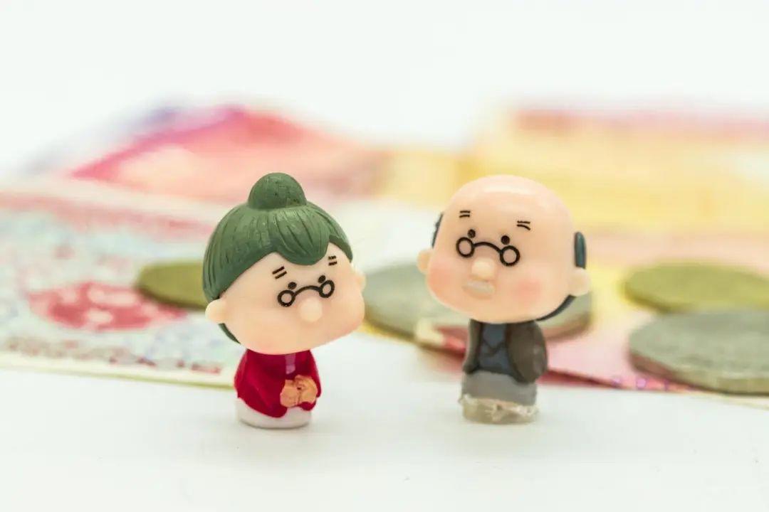 个人缴纳社保的算不算工龄吗?要怎么做退休后才能领取更多养老金?